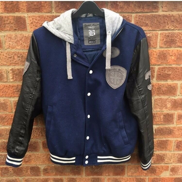 Mens Baseball/Varsity JacketMin Garston, MerseysideGumtree - Unisex Varsity Jacket, new Look mens. Size M. Blue jacket with faux Leather sleeves, patches and grey jersey hood. Bought from mens but worn as female. General wear but still in excellent condition. Was £49.95 when bought