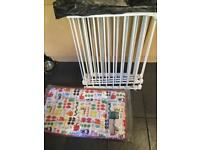 Play pen and changing mat