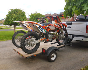 trailer for hauling motorcycles