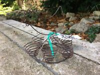 Giftware wire chicken shaped 6 egg holder egg storage in kitchen Buy 1 for £6 or SPECIAL PRICE FOR 4