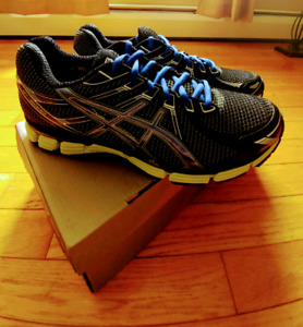 Asics Mens Sneakers. Size 10. NWT