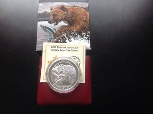 2015 $20 Silver Coin-Grizzly Bear: The Catch