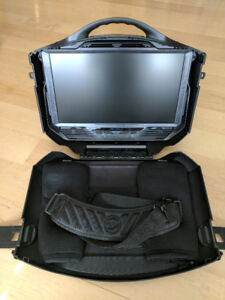 "GAEMS G190 Portable Gaming Screen 19"" // Lan Party"
