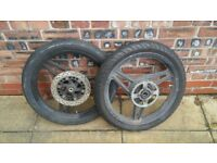ybr 125 wheels with tyres