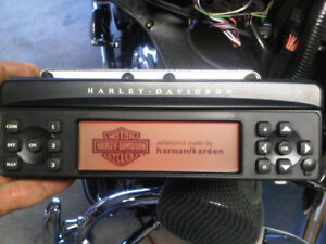 Factory Harmon Kardon stereo to fit 2012 H-D Ultra Limited