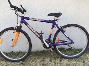 vélo CCM de montagne de 26 po