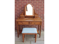 DUCAL solid pine dressing table with mirror and stool