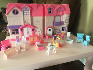 You & Me Doll house set