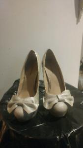 Womens Shoes sz 7