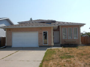 4 bedroom , 2 bathroom home for rent in Coaldale