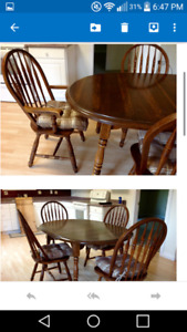 SOLID OAK DINING TABLE WITH LEAF AND 6 CHAIRS
