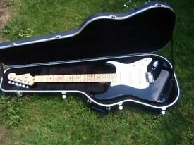 2007 Fender USA Stratocaster & Hard Case.