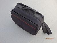 Toshiba laptop shoulder bag