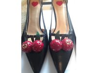 Ladies Heels, Cherry pumps size 36