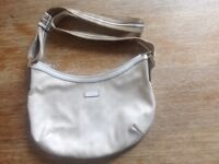 Like new Gucci handbag with long strap
