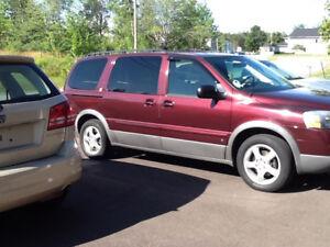 2008 Pontiac Montana SV6 Minivan, Van