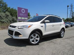 2013 Ford ESCAPE SE 4 WD LOW MILEAGE NAVIGATION PANORAMIC ROOF H
