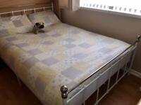 White Vintage Bedroom Furniture Set