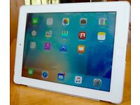 IPad 3, White/Silver - WiFi 16 Gb - Used but in Excellent working Condition