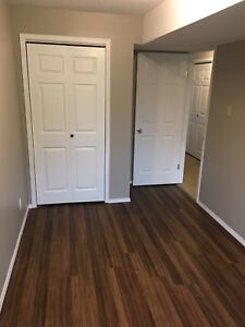 2 bedroom apartment in 4 plex -available now!