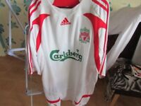 LIVERPOOL FOOTBALL SHIRT WITH TAGS