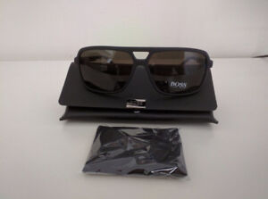 Hugo Boss BOSS 0772/S HXE (NR) Black Carbon - Brown Grey