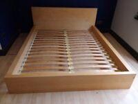 Massive Wood Frame Bed