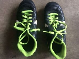 MOVING SALE:- Kids Soccer Cleats