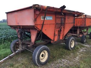 225 turnco wagon with Martin running gear and fert auger