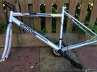 22 inch frame gd condition