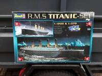 TITANIC, TWO SEPARATE MODELS IN ONE BOX. UNUSED, ZOOM IN AND READ BOX FOR DETAILS