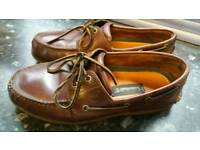 timberland genuine leather shoes in very good condition bit to tite size10 can deliver or post!