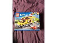 Lego city. Pizza truck (60150)