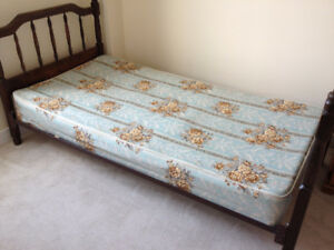 single bed headboard/tail/frame for sale  ______________________