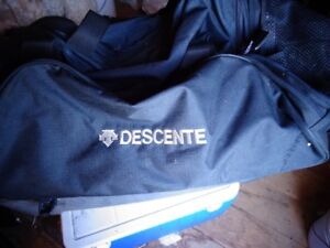 DESCENTE ski equipment travel bag