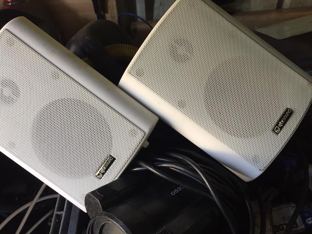 Speakers metal