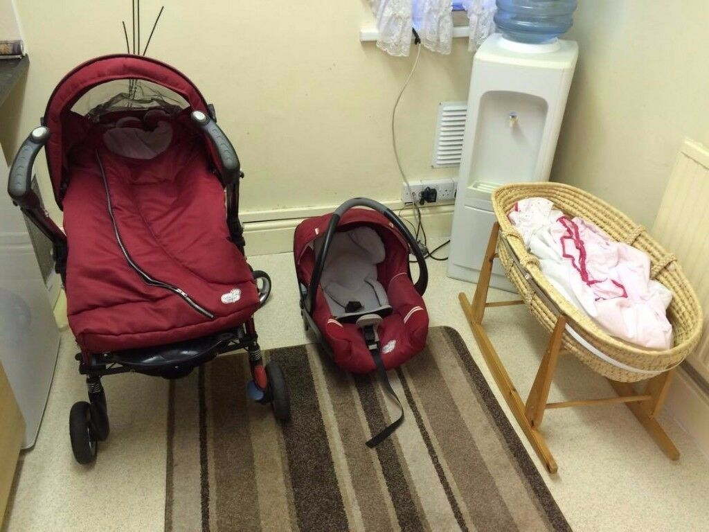 Pram , Car seat and Moses basket all for £85 ono