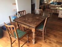 Lovely 1930's extending dining table and 4 chairs