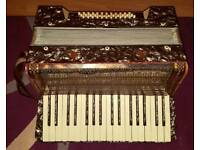 Estrella 1930s piano Accordion 36 Bass
