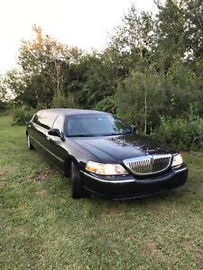2008 Lincoln Town Car Stretch