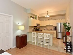STUNNING CONDO IN DOWNTOWN PORT HOPE!