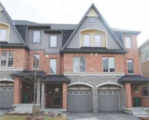 4 Years New Executive Townhouse At The Border Of Mississauga