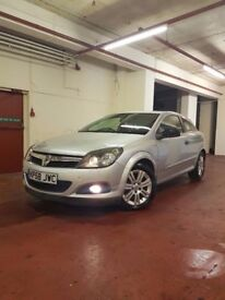 For Sale Astra Design 1.6 Petrol year 2009 12 Months Mot&Full History Service&3 MONTHS WARRANTY...!!