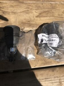 Upper and lower ball joint's