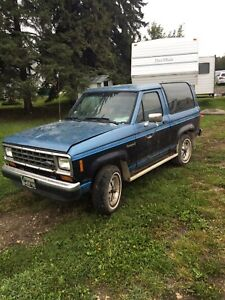 1987 ford bronco 2