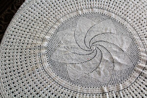 Nappe ronde/Round taqble cloth