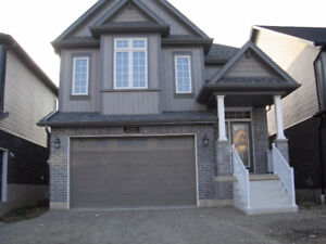 BRAND NEW, EXECUTIVE SINGLE DETACHED HOMES IN WATERLOO