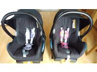 2 Maxi Cosi Pebble Isofix Car Seat and Easyfix Base 0+ Baby Car Seat Good Condition