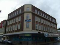 Studio flat in Portland House, Swansea, SA1