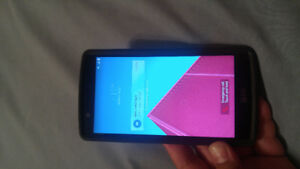 Lg G4 for sale with otter box!